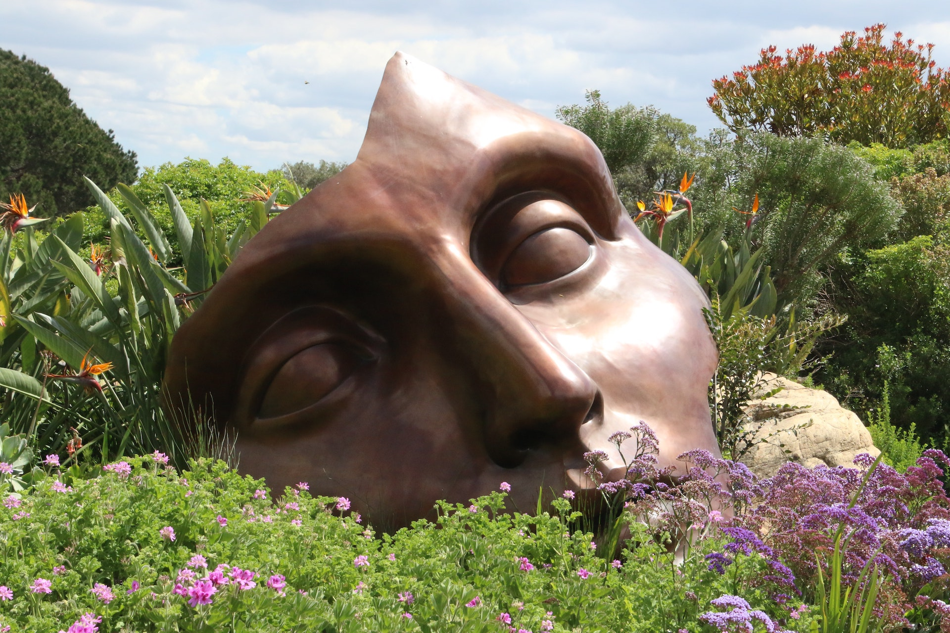 Brown Man Face Figurine