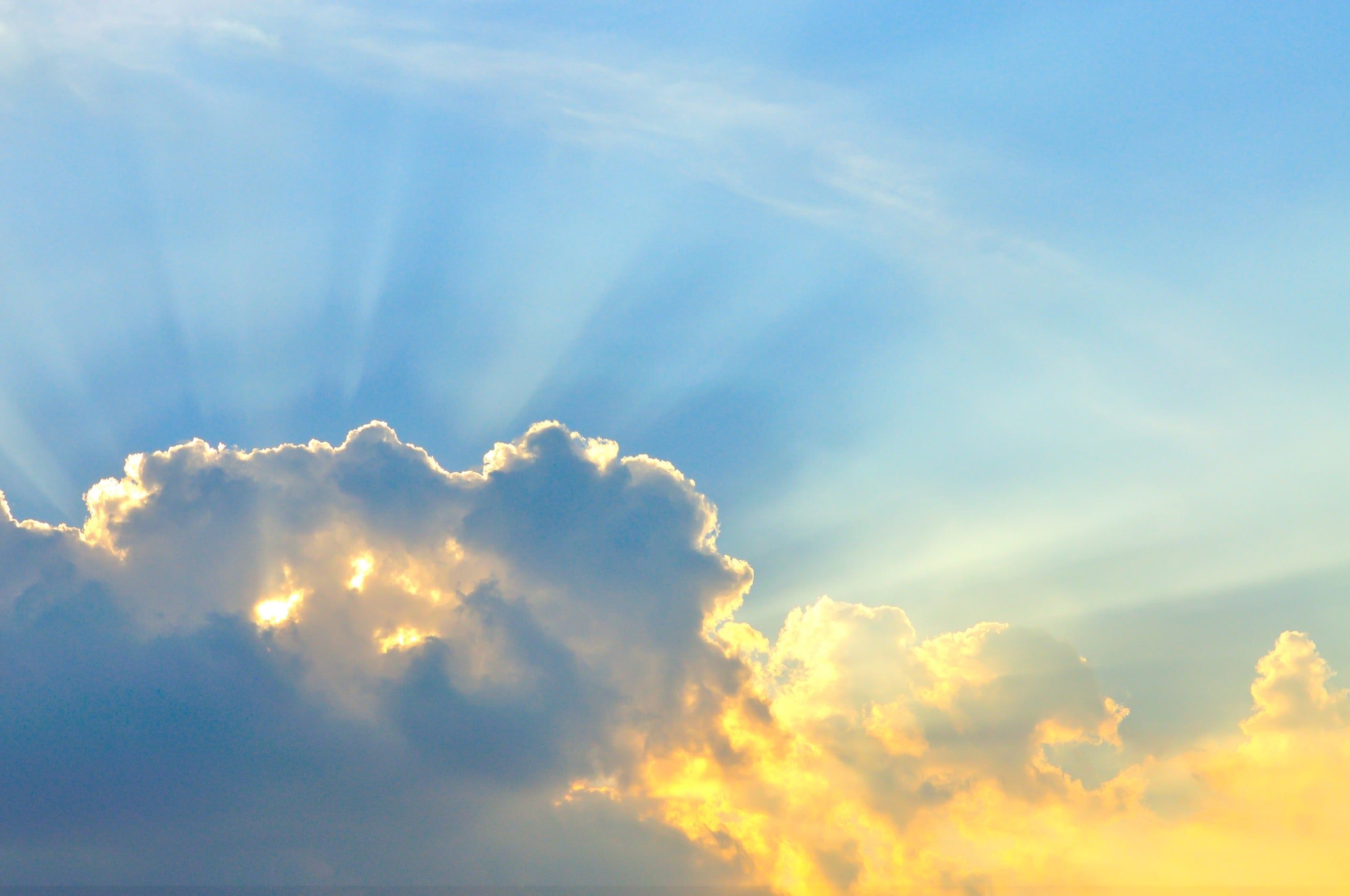 Beautiful cloudscape with sunray